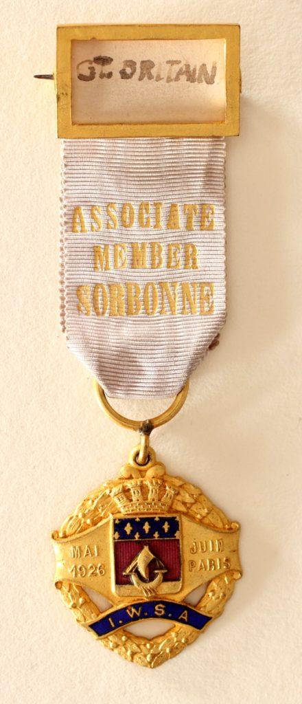 「勲章」の例